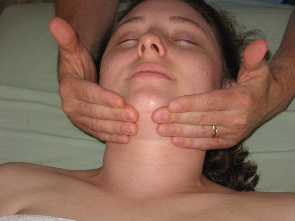 Integrated-Manual-Lymphatic-with-Cupping-Accupressure